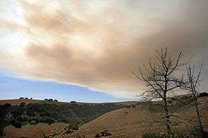 Drift smoke from the Soberanes Fire over Carmel Valley. Photo by Vern Fisher/Monterey Herald